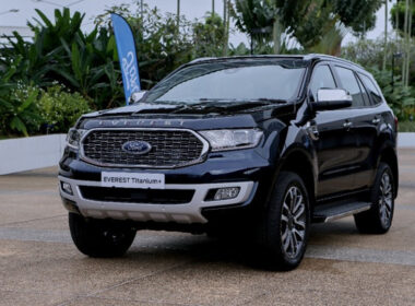 gia-xe-ford-everest