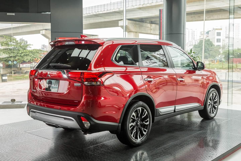 Mitsubishi Outland đạt chứng nhận an toàn IIHS Top Safety Pick+ liên tục trong 5 năm
