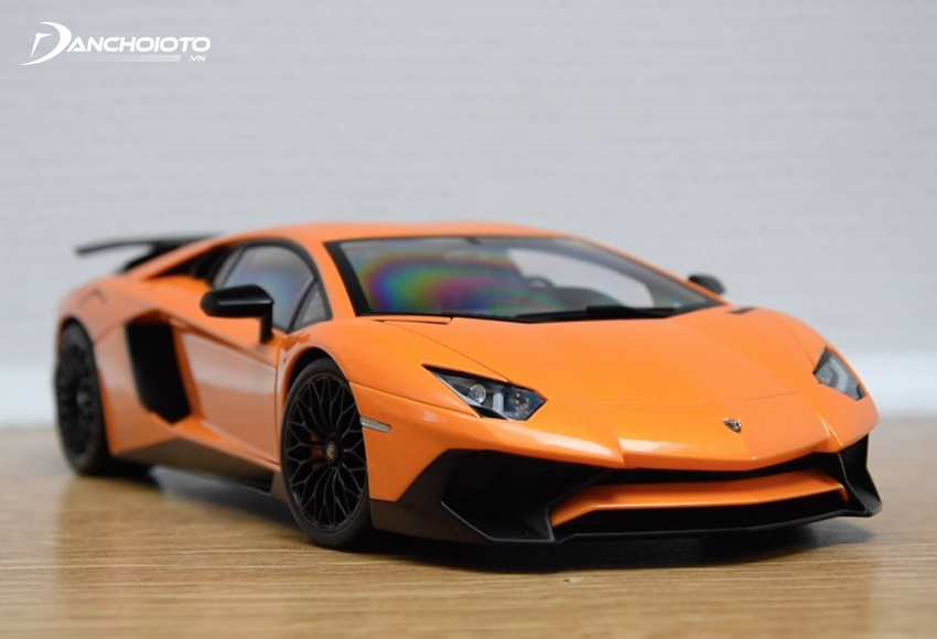 Mô hình xe Lamborghini Aventador SV
