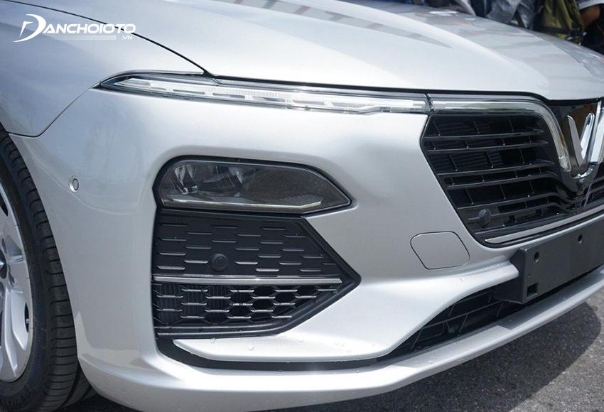 Đèn pha VinFast Lux A2.0 2020 thiết kế nhỏ