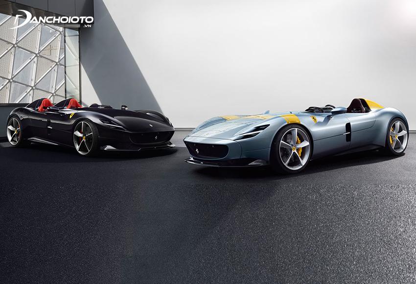 Ferrari Monza SP1 và SP2 là 2 mẫu siêu xe phát triển trên nền tảng 812 Superfast với phần mui xe được lược bỏ