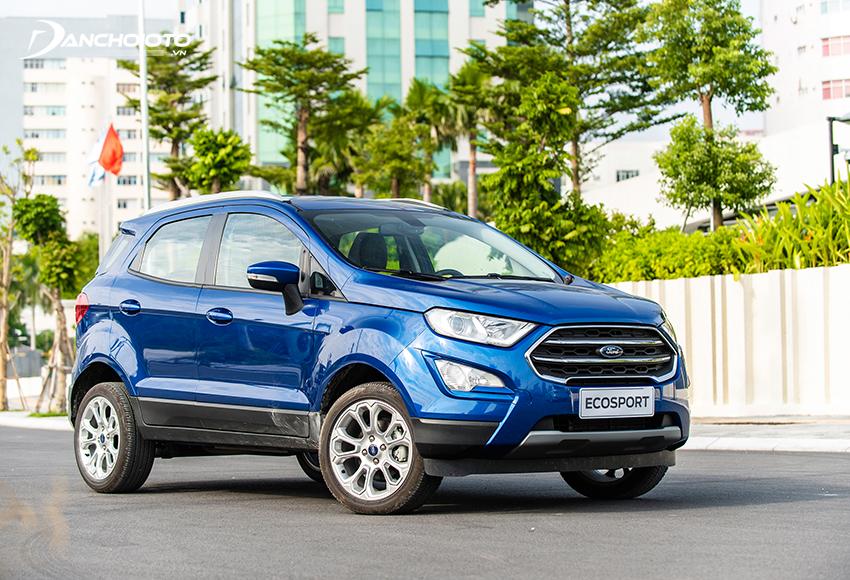 Ford EcoSport sở hữu thiết kế mạnh mẽ, gầm cao, nhỏ gọn
