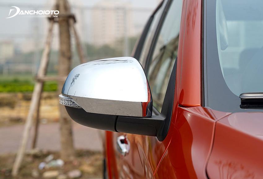 Mitsubishi Triton 4x4 AT MIVEC Premium 2020 có thêm cả sấy gương chiếu hậu