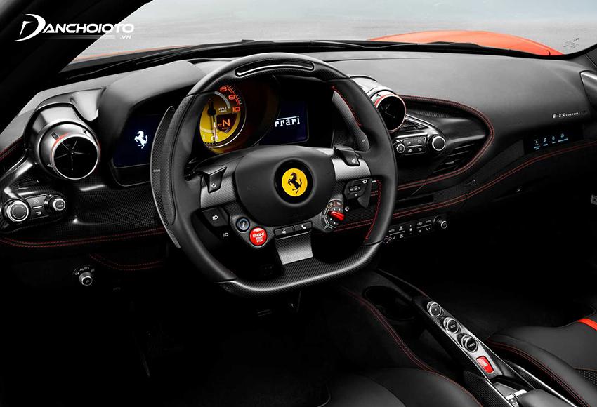 Nội thất Ferrari F8 Tributo có cũng một số thay đổi so với 488 GTB