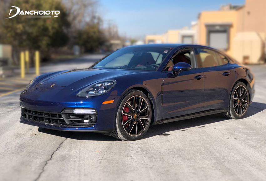 Porsche Panamera mang đến diện mạo tráng kiện hơn