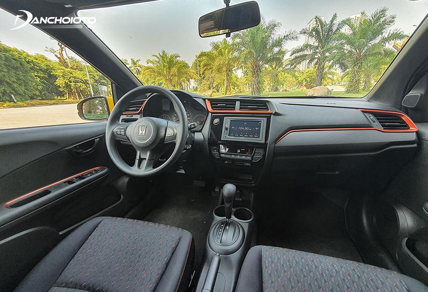 Thiết kế khu vực taplo trên Honda Brio 2020 cho cảm giác cao cấp, sang trọng