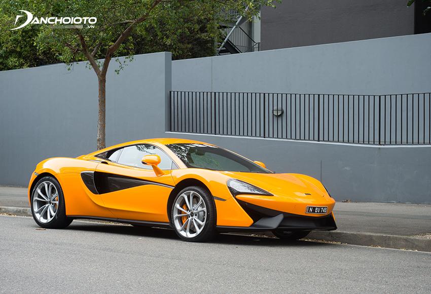 """Thiết kế McLaren 540C thừa hưởng nhiều đường nét giống với """"đàn anh"""" 570S"""