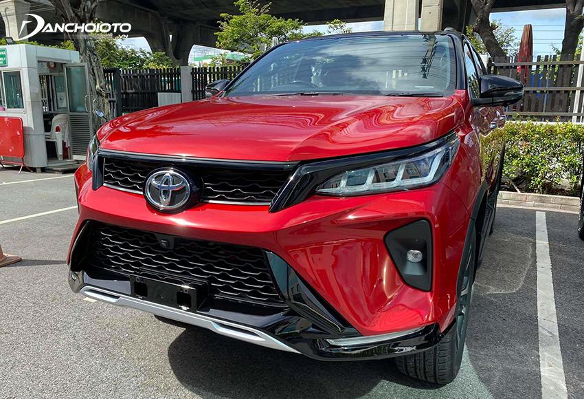 Toyota Fortuner 2.8AT Legender phù hợp với người mua thích trải nghiệm tầm cao, thích chinh phục những cung đường địa hình phức tạp