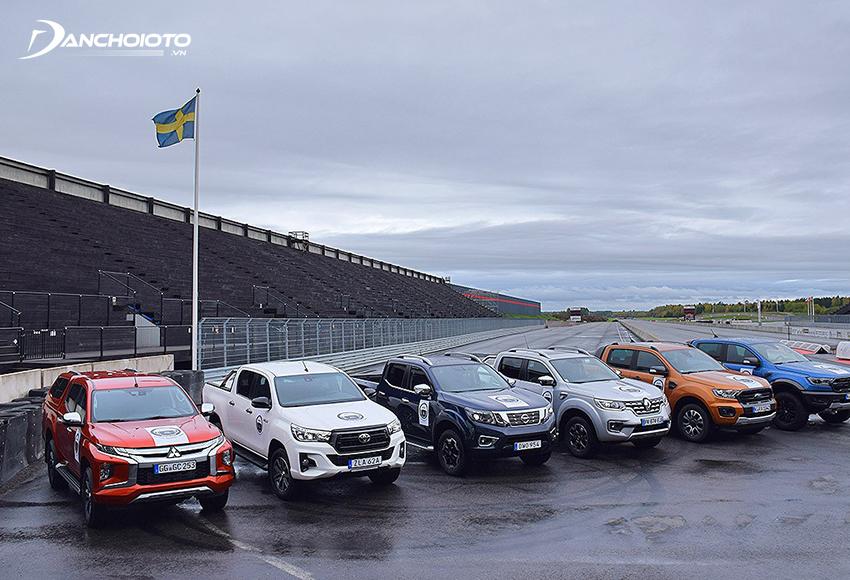 Toyota Hilux, Mazda BT-50, Mitsubishi Triton là 3 cái tên nổi bật nhất sau Ford Ranger