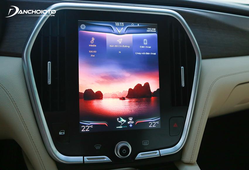 VinFast Lux A2.0 2020 sử dụng thiết kế màn hình đứng, mang nhiều hơi hướng Á Đông