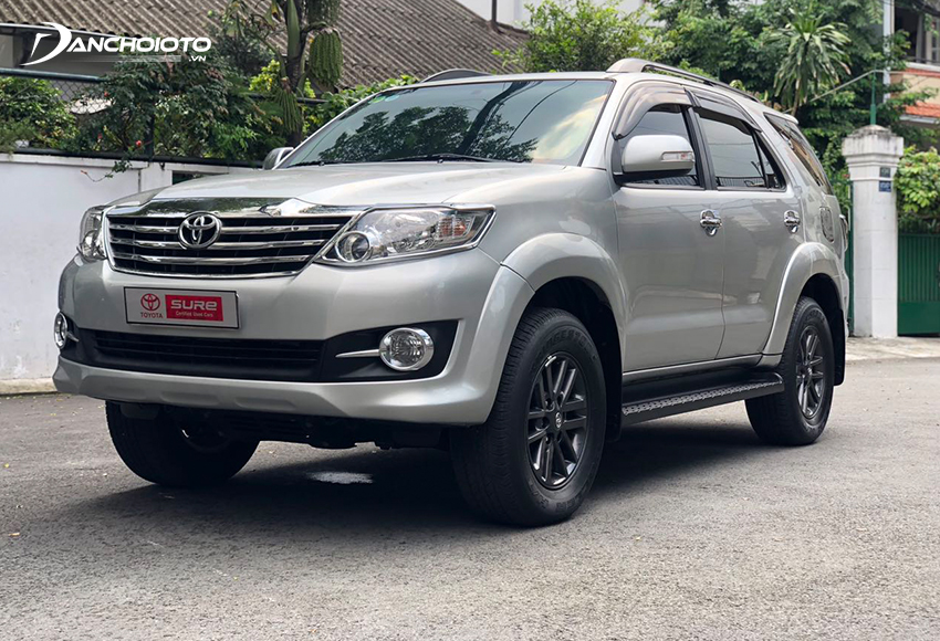 Toyota Fortuner 2015 cũ