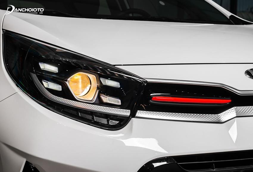 Cụm đèn trước trên Kia Morning 2021 được làm mới thần thái hơn