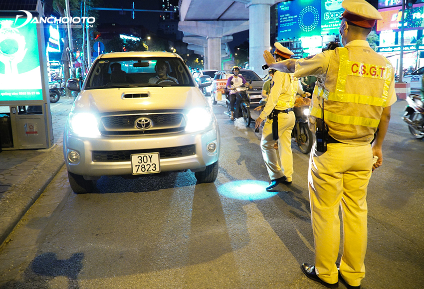 Lỗi ô tô không có giấy đăng ký xe bị phạt từ 2.000.000 – 3.000.000 đồng
