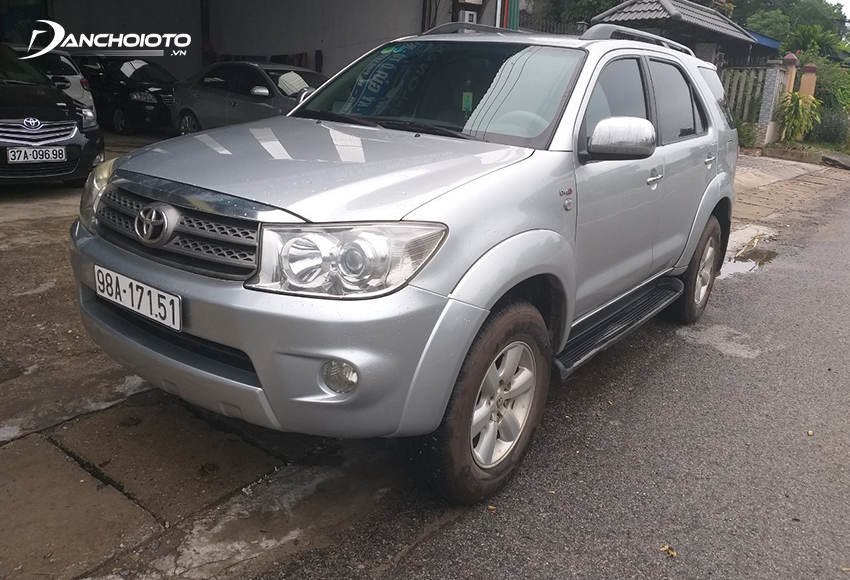 Toyota Fortuner 2010 cũ