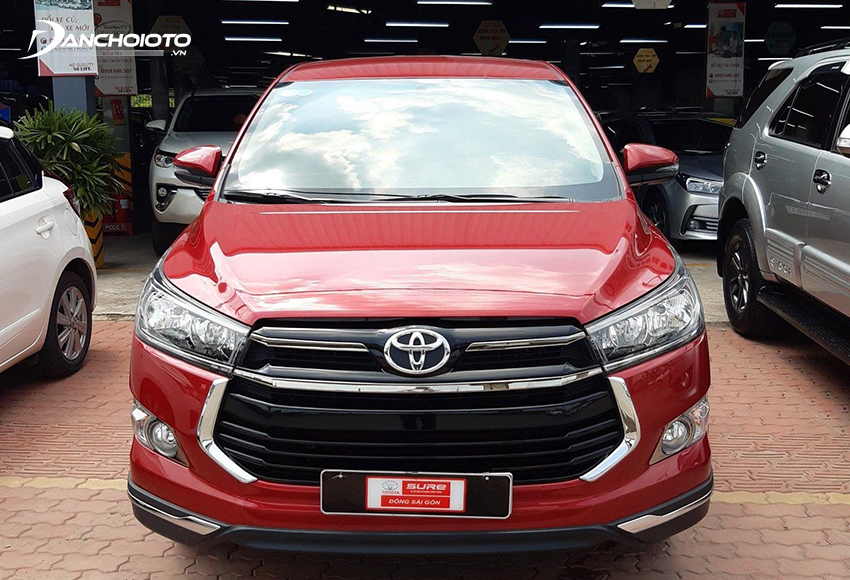 Xe Toyota Innova Venturer 2018 cũ