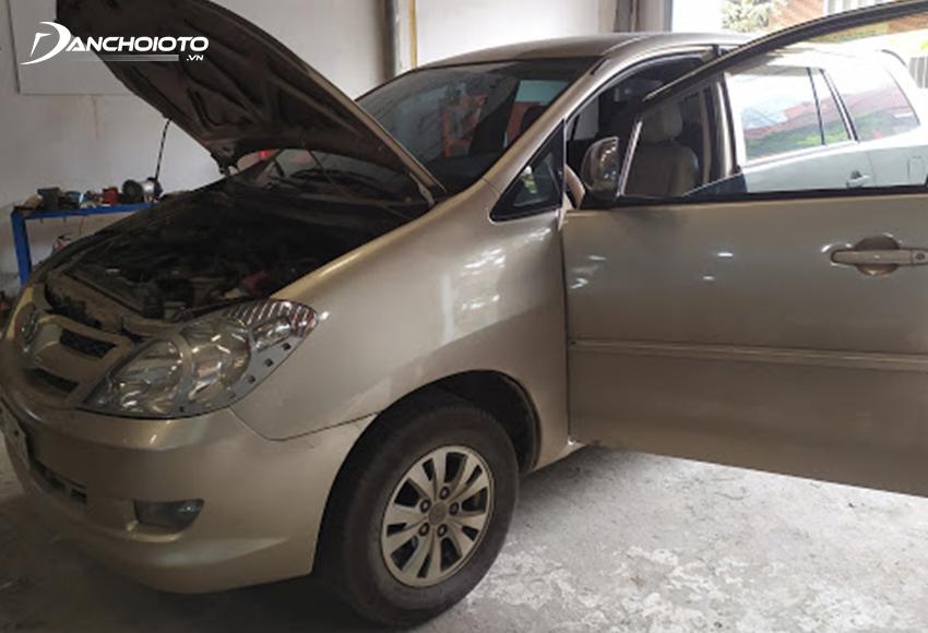 Chú ý kiểm tra Toyota Innova cũ kỹ trước khi mua