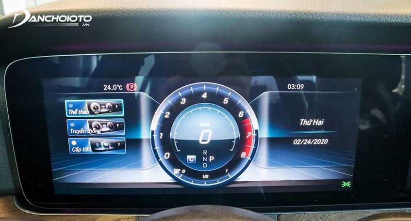 Cụm đồng hồ E200 Exclusive 2020 sử dụng hoàn toàn bằng màn hình kích thước lớn 12.3 inch