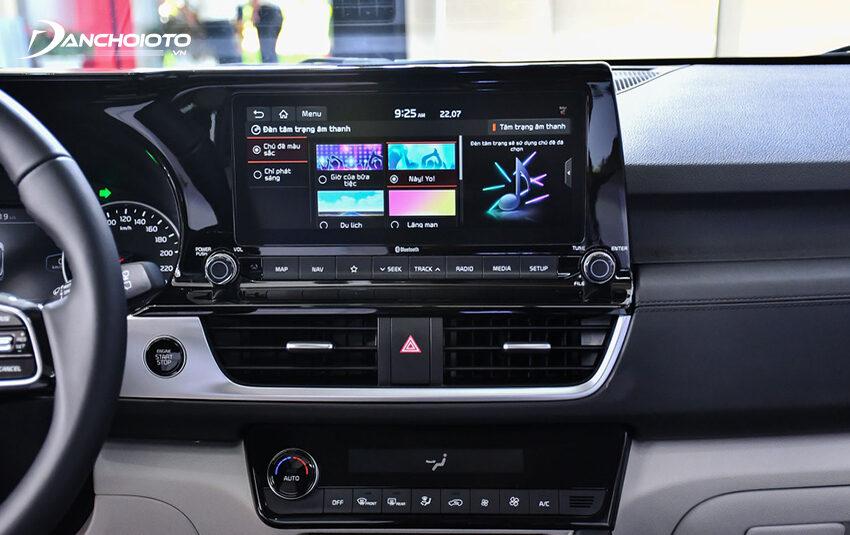 Kia Seltos bản Permium cao cấp được trang bị màn hình trung tâm cảm ứng cỡ lớn đến 10.25 inch