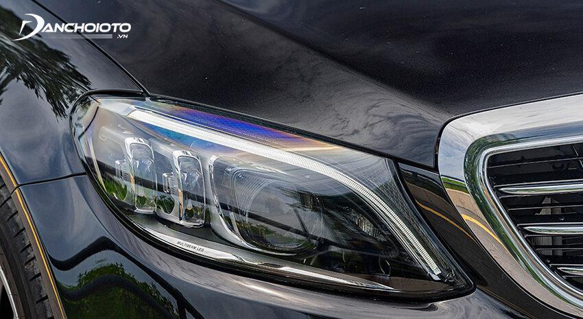 Mercedes C200 Exclusive 2020 được trang bị hệ thống đèn thích ứng Multi-Beam LED