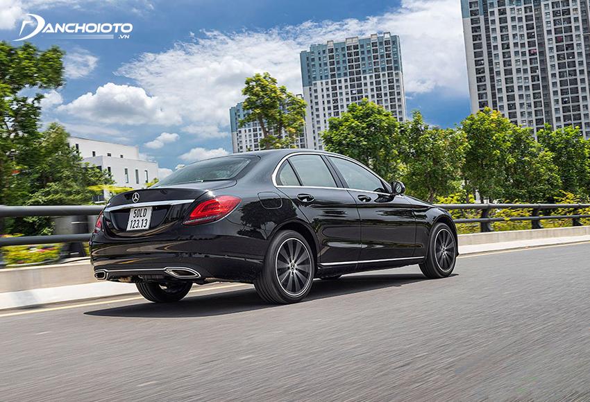 Mercedes C200 Exclusive được trang bị hệ thống lái Direct Steer, khả năng phản ứng linh hoạt