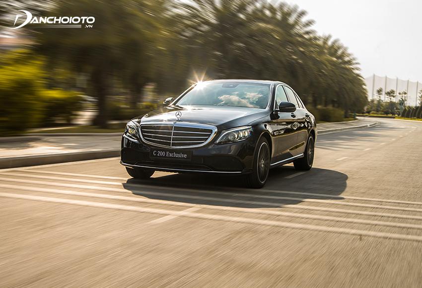 Mercedes C200 Exclusive tăng tốc tốt, vận hành êm