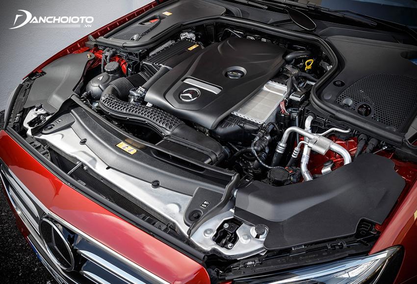 Mercedes E300 AMG sử dụng động cơ tăng áp dung tích 2.0L M264 mới
