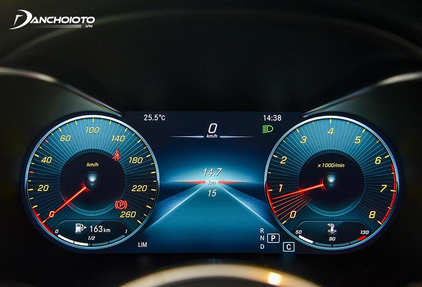 Mercedes GLC 200 4MATIC 2020 trang bị màn hình hiển thị đa thông tin 12.3 inch
