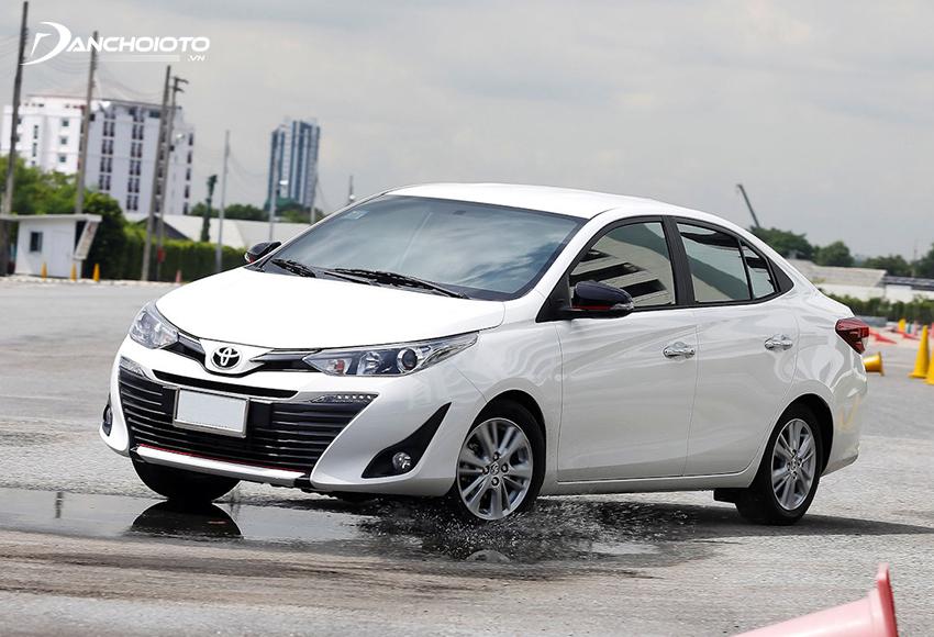 Nên mua Toyota Vios mới trả góp thay vì Vios cũ trả góp