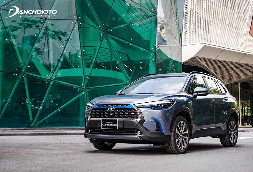 Toyota Corolla Cross 1.8V phù hợp với người mua muốn trải nghiệm tính năng hỗ trợ lái thông minh