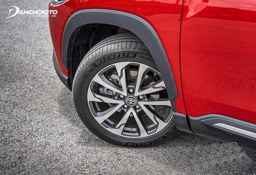 Toyota Corolla Cross 1.8V và 1.8HV dùng lazang hợp kim 18 inch 5 chấu kép sắc bén