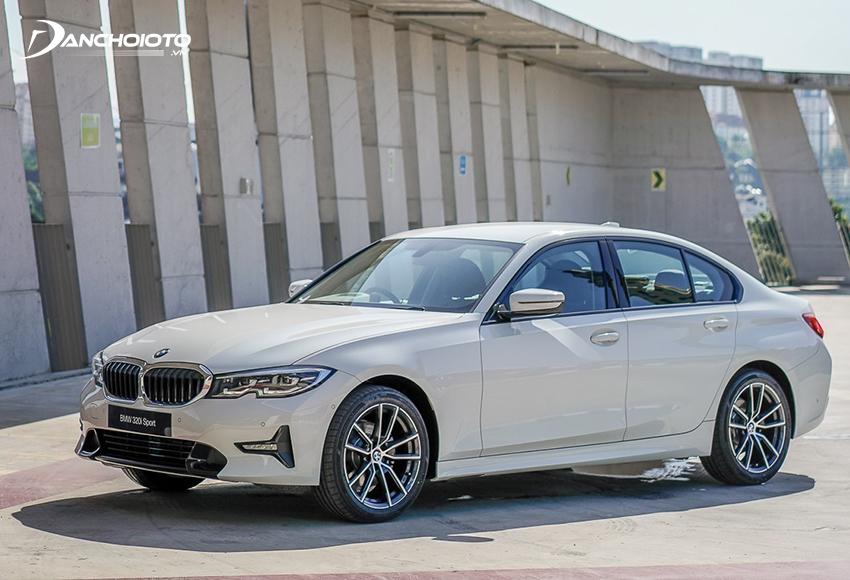 BMW 320i 2020 có nhiều nâng cấp mới về thiết kế, trang bị