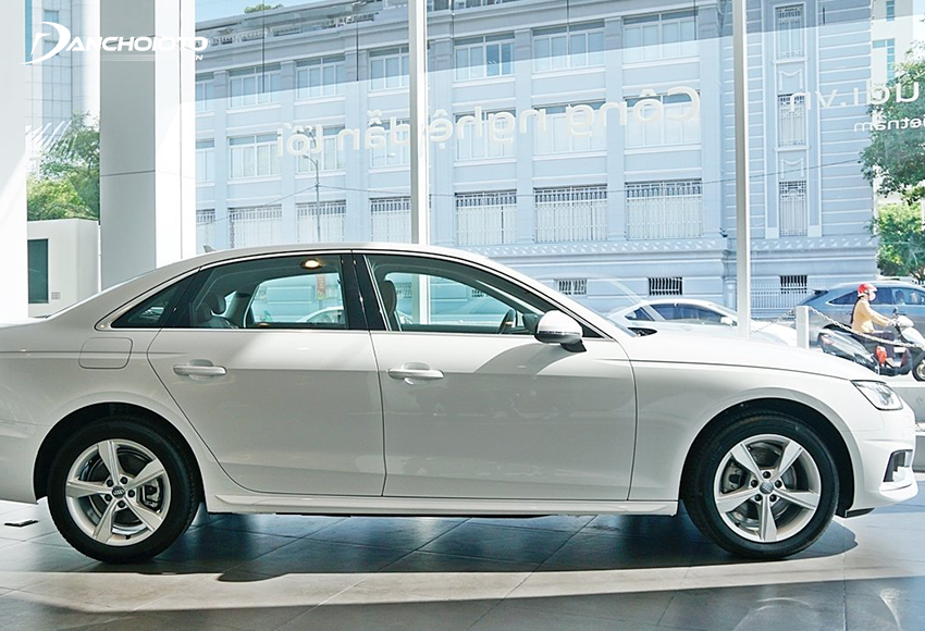 Audi A4 2020 sử dụng hộp số 7 cấp S tronic