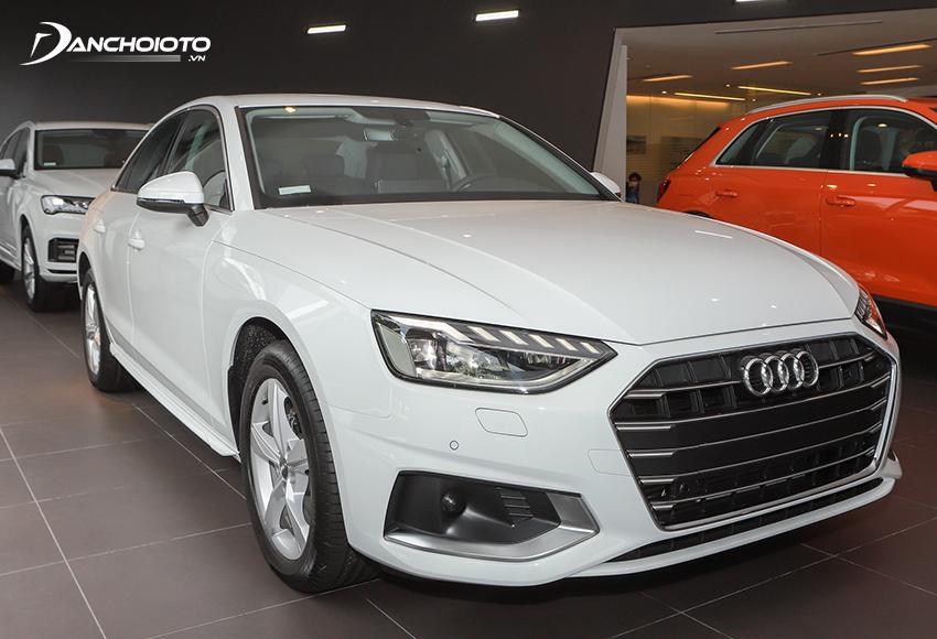Audi A4 Advanced 2020 có lưới tản nhiệt 5 thanh nan sang trọng hiện đại
