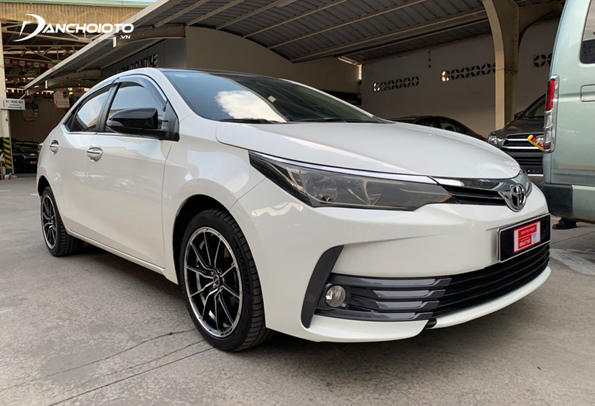 Cần kiểm tra kỹ xe Toyota Altis cũ khi mua