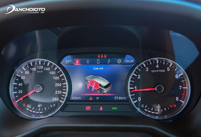 Cụm đồng hồ VinFast Lux SA2.0 2020 có màn hình hiển thị đa thông tin 7 inch