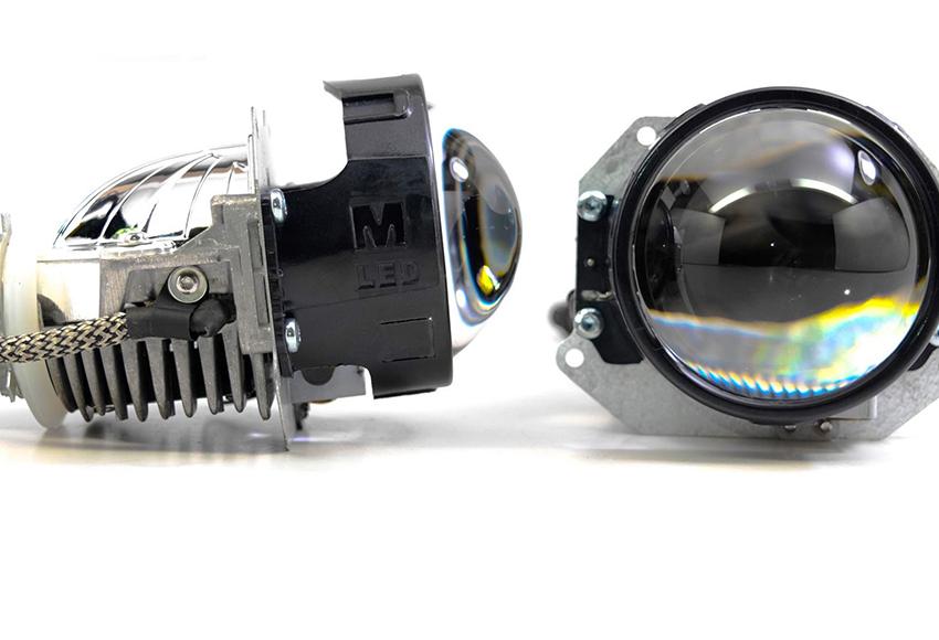 Đèn Bi LED ô tô tích hợp sẵn choá mini bên trong và có bi cầu Projector