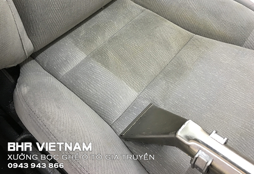 Ghế nỉ ô tô dễ bám bụi, bám bẩn, thấm nước, mùi khó chịu