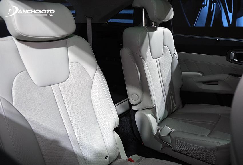 Hàng ghế thứ 2 Kia Sorento 2020 – 2021 bản 6 chỗ