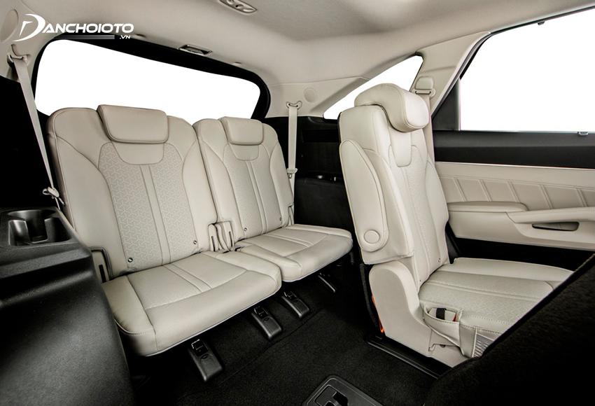 Hàng ghế thứ 3 Kia Sorento 2020 – 2021 được đánh giá khá tốt so với các mẫu SUV/CUV 7 chỗ nói chung