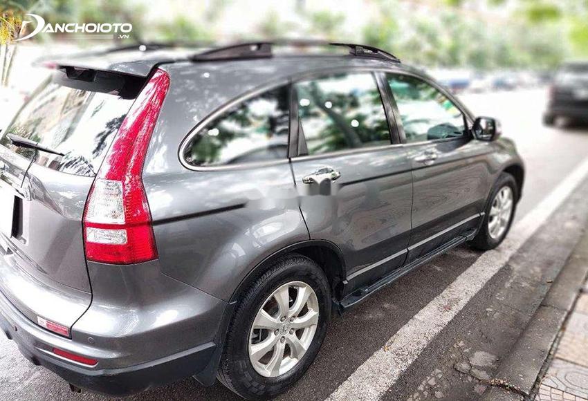 Khi mua Honda CRV cũ cần kiểm tra kỹ các chi tiết ngoại thất xe