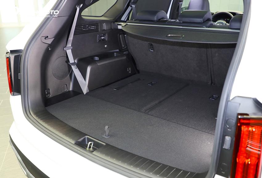 Khoang hành lý Kia Sorento 2020 – 2021 ở mức đủ dùng