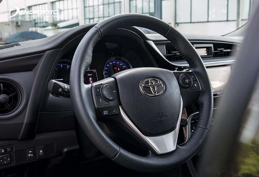 Khu vực lái Corolla Altis 2021 không có sự thay đổi
