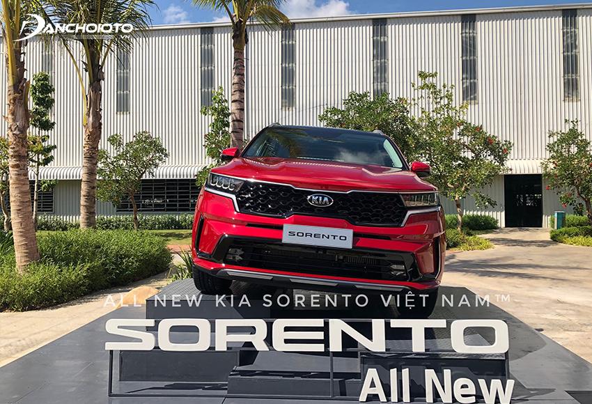 Kia Sorento có ưu thế về trang bị tiện nghi và an toàn hiện đại
