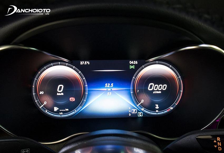 Mercedes GLC 300 lắp ráp và GLC 300 Coupe nhập khẩu đều được trang bị màn hình kỹ thuật số 12.3 inch