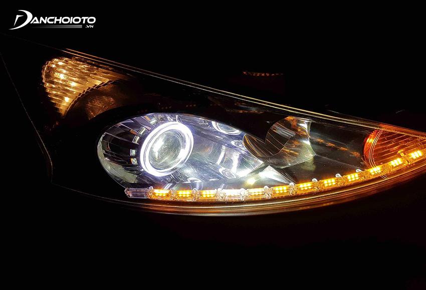 Nếu xe có sẵn Projector chỉ cần thay bóng LED hoặc Xenon