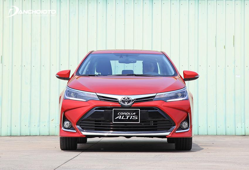 Ở phiên bản 2021, Toyota Corolla Altis có sự đổi mới trẻ trung và năng động hơn