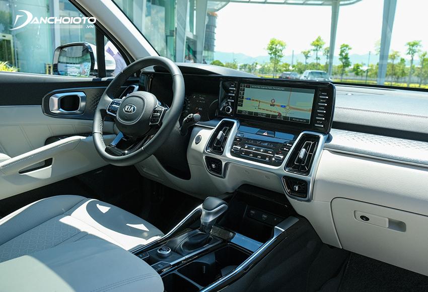 Từ màn hình đến các nút Kia Sorento 2020 – 2021 đều được thiết kế tỉ mỉ và tinh tế