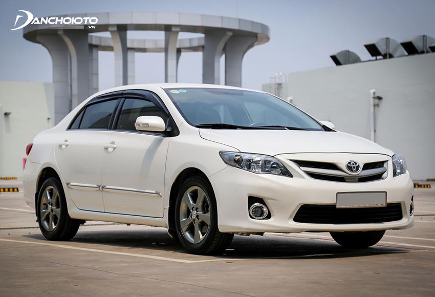 Xe Toyota Corolla Altis 2011 2.0L cũ