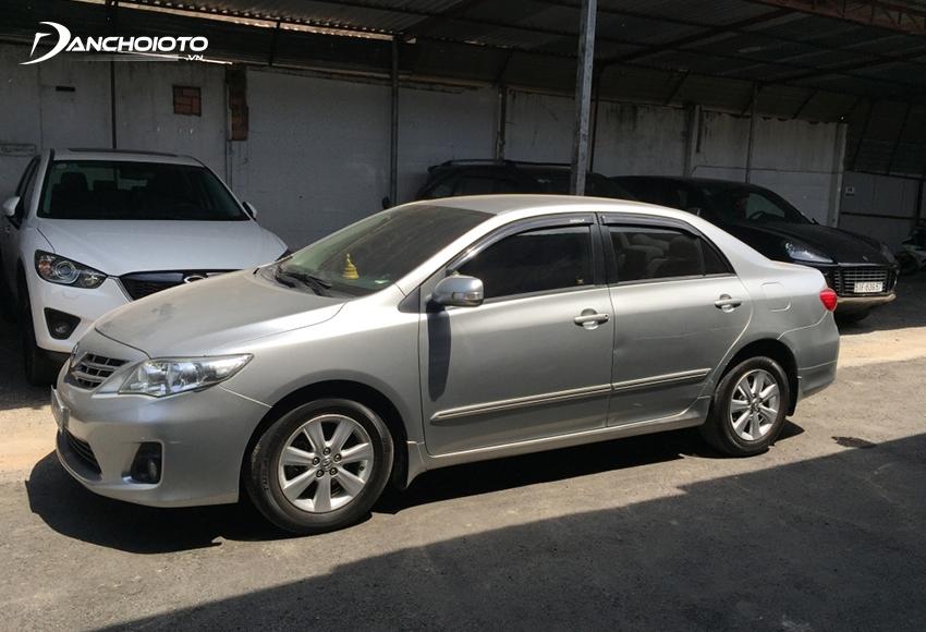 Xe Toyota Corolla Altis 2013 cũ