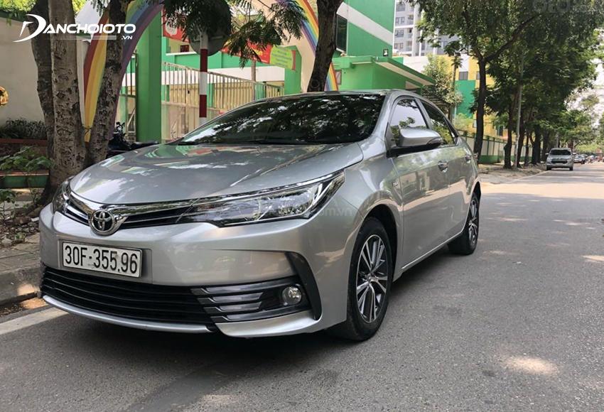 Xe Toyota Corolla Altis 2018 cũ